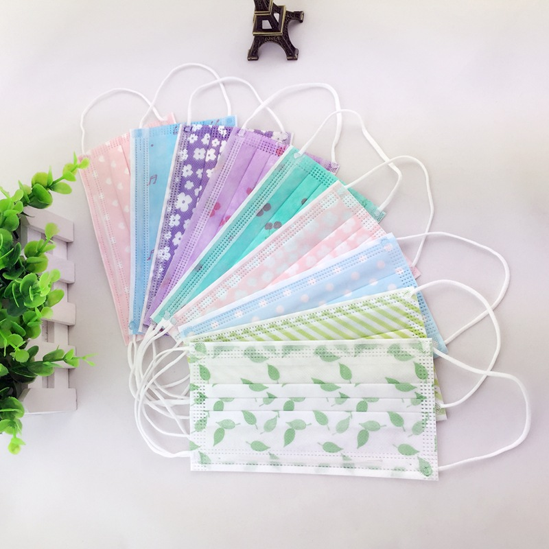 50pcs/Pack  New Type Of Disposable Masks In The Spring Of A Thin Section Of The Printed Sunscreen Mask Non-woven Gauze Mask