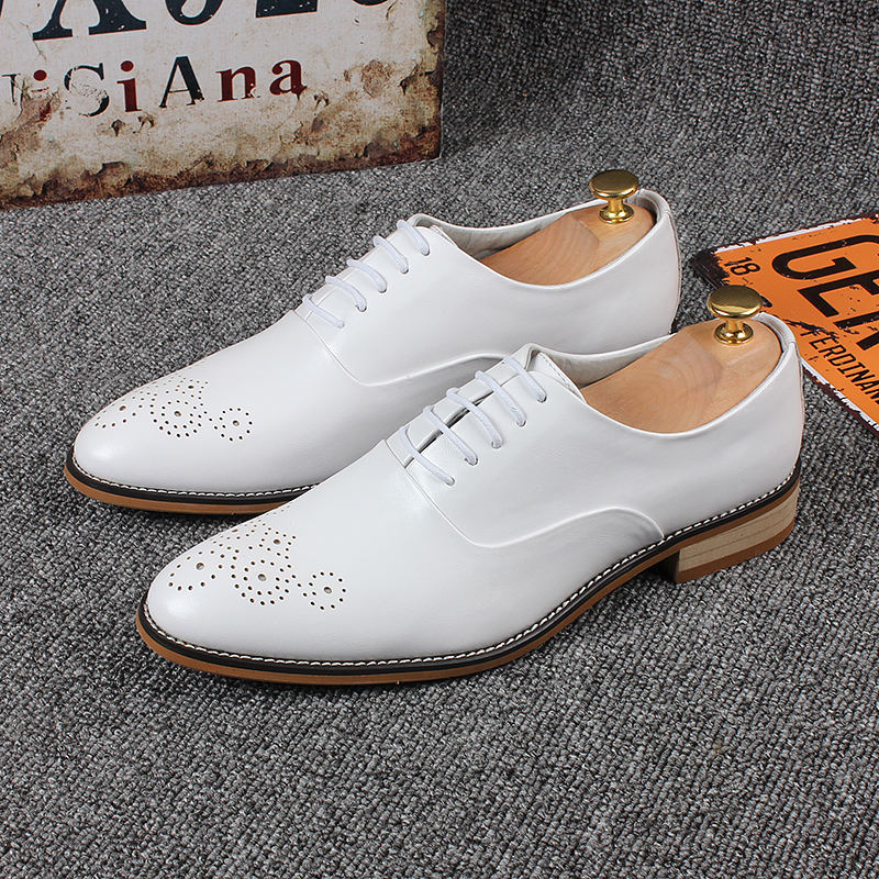 Casuais Couro Nova Apartamentos Marca Moda branco Britânico Mens Sotaque Vestido De Estilo Preto Jozigbema Homens Sapatos Oxfords Luxo Para wqpzEt