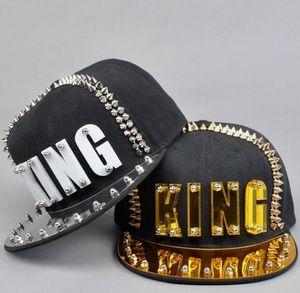 Image 1 - Płyta akrylowa Spike ćwieki nit KING czapka z daszkiem kobiety i mężczyźni uliczny punk Rock Hiphop czapki z daszkiem