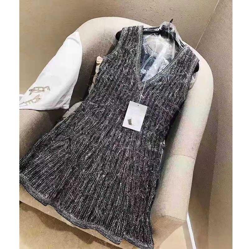 Women Luxury Designer Brand  Knitted Dress Elegant V Neck Swing Tank Sliver Sexy Party Dresses