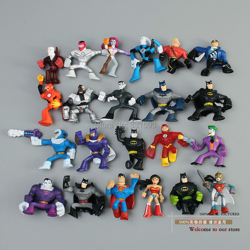 DC Comics Super Heroes Batman The Joker Superman Wonder Woman Mini PVC Action Figure Toys Dolls Models 22pcs/set Free Shipping neca dc comics batman superman the joker pvc action figure collectible toy 7 18cm