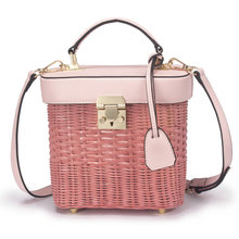 2019 new rattan woven bag hand high-end imported skin travel banquet female personality straw fashion