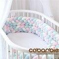 220 cm lengte Verhooging Baby Gevlochten Crib Bumpers 4 Strip Knoop Lange Kussen Kussen, Kwekerij beddengoed, cot kamer dector