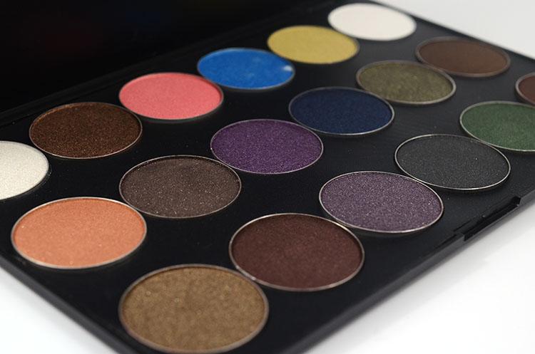 LOVE ALPHA Eyes Makeup 18 Colors Eye Shadow Palette Shimmer Matte Natural Light Eyeshadow Naked Make Up Long-Lasting Glitter (5)