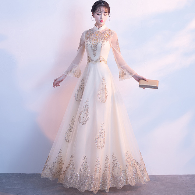 1607dcf51 Chinese Bride Wedding Dress Vintage Improved Qipao Classic Champagne  Cheongsam Elegant Flower Evening Gowns Classic Party Dress
