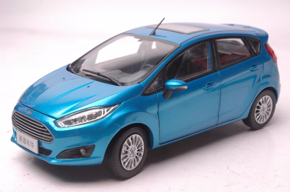 1:18 Diecast Model for Ford Fiesta 2013 Blue Mini SUV Alloy Toy Car Miniature Collection Gifts 1 18 diecast model for volvo v60 2016 blue suv alloy toy car collection