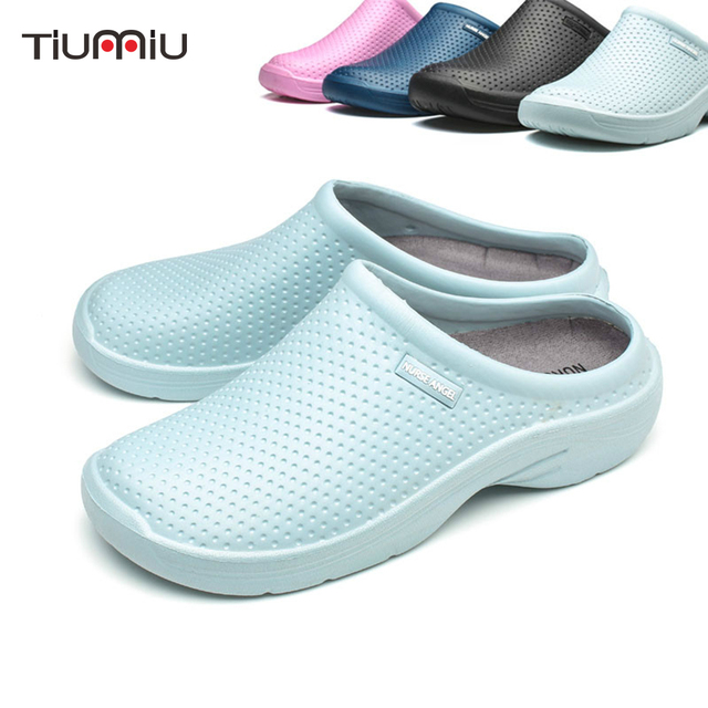 Doctor Nurse Surgical Shoes Hospital Medical Pharmacy Safety Work Shoes  Clogs Female Women Comfortable Shoes Nursing Accessories 2c43ea1051df