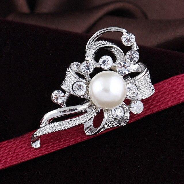 Vintage Spilla Pins Cristallo D'imitazione Della Perla Spilla Fiore Accessori Da Sposa Elegante Diamante Vestito Sciarpa Decorazione Dropship