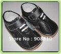 SandQ bebé 100% niños zapatos de gamuza de cuero negro sólido nueva llegada del otoño del Resorte transpirable antideslizante únicos zapatos hechos a mano