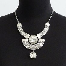 Luxury Fashion Crystal Necklace Retro exaggerated Glass gems Statement Necklace Gros Collier Femme 2015 Charm Maxi Necklace residence major suit high set counters million baroque full luxury retro dinner exaggerated statement necklace girlfriend gift