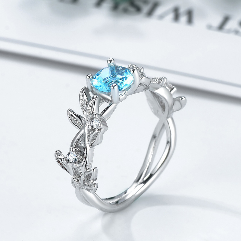 Huitan Classic Engagement Ring For Women Winding Plant Design With Sky Blue Cubic Zircon Wedding Band Silver Plated Finger