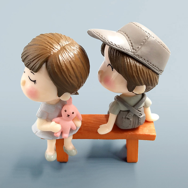 Lover Datting Models Boy Girl Sitting Chair Miniatures Figurines Couple Fairy home Garden Wedding Doll Decoration Girl toy gift in Action Toy Figures from Toys Hobbies