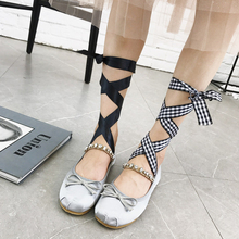 bf16dff97ebe 2018 Designer Silk Ballet Shoes Woman Cake Moccasins Roll-Up Flats Crystal  Bow Ballerina Shoes · 2 Colors Available