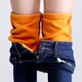 Cashmere veludo Grossas de Inverno Quente calças de Brim Das Mulheres Calças De Cintura Alta Azul Jeans Meninas Esticar calças de Brim Grandes Calças Jeans Tamanho