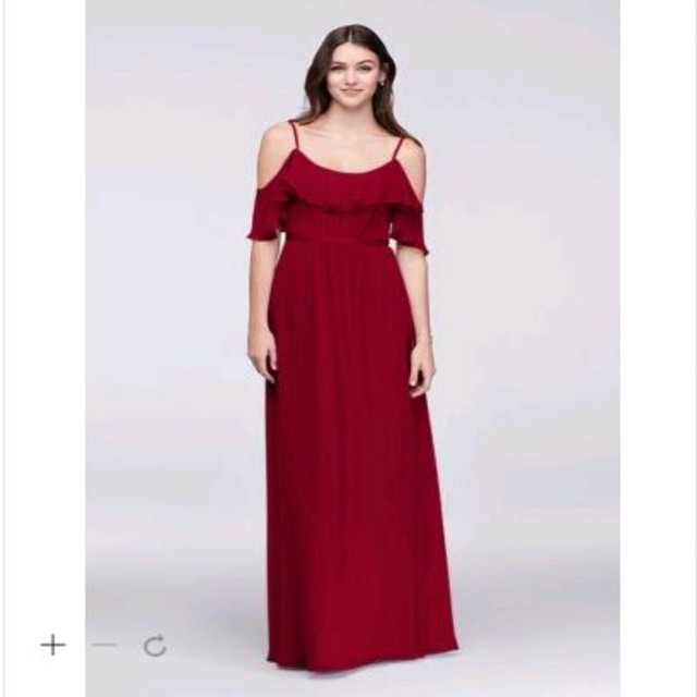 Sexy Cheap Bridesmaid Dress 2017 Cold-Shoulder Crinkle Chiffon Wedding  Party Dresses F19508 Bridesmaid gowns 2c6e2b7212f7