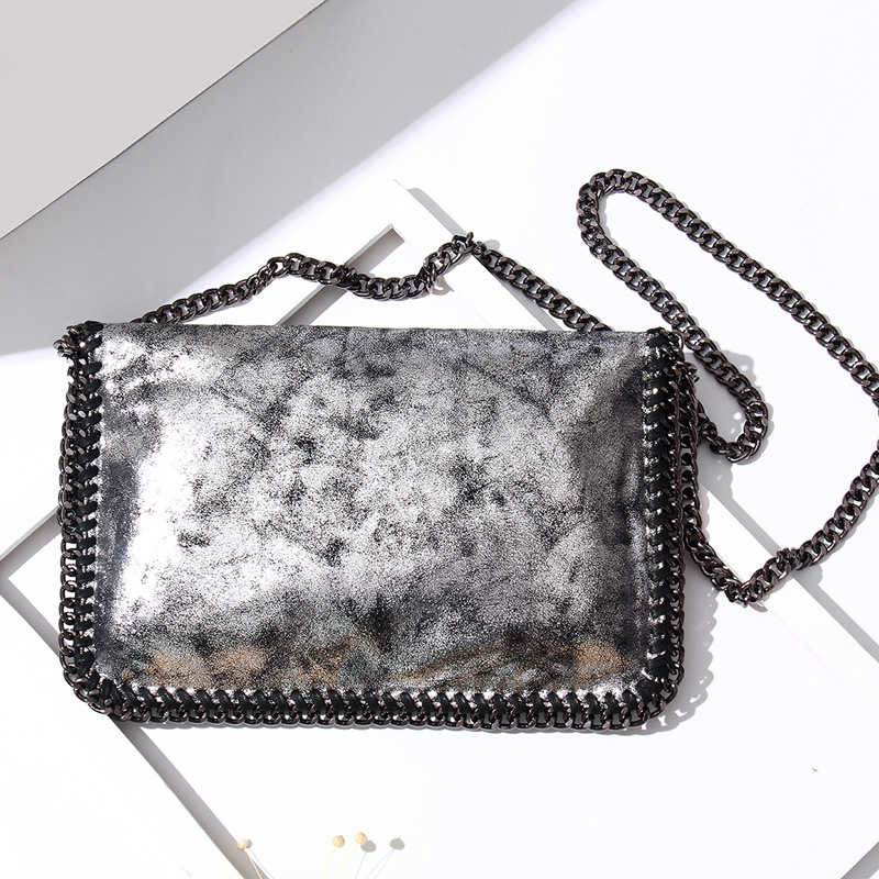 f0125db8ab Cuppozo 2018 Autumn And Winter Woman s Clutch Bag Shoulder Diagonal Folding  Chain Square Bag European And American Handbags-in Clutches from Luggage    Bags ...