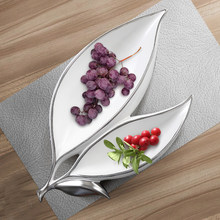 Double Leaf Fruit Plate Creativity Candy and Dried Fruit Plate Modern Simple Living Room Tea Table Restaurant Ceramic Decoration(China)
