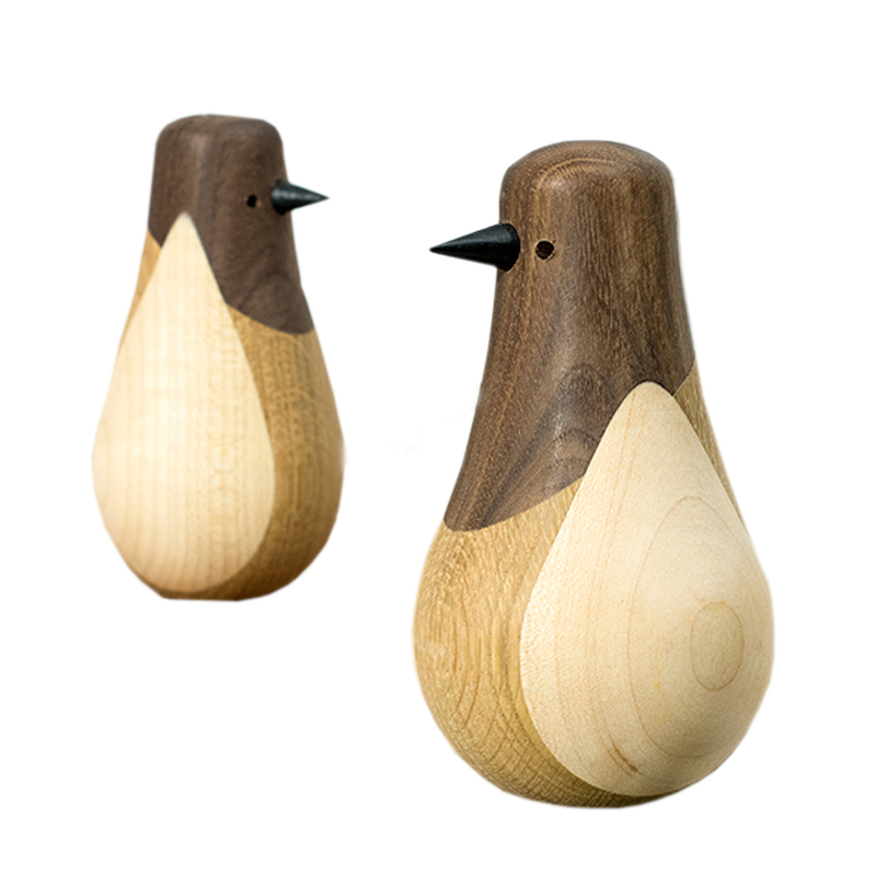 Set of 2 pieces Solid Wood Toy Penguins Home Decoration Art Crafts Loft Furnish Loft Birthday