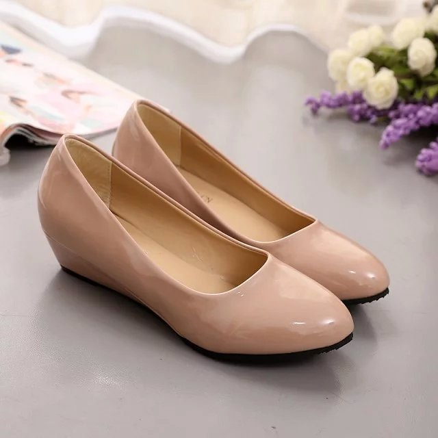 Round Black White Slope Mother Shoes Female Low Heels Professional Shoes Large Size 40 All Match Wedges Women Work Leather Shoes
