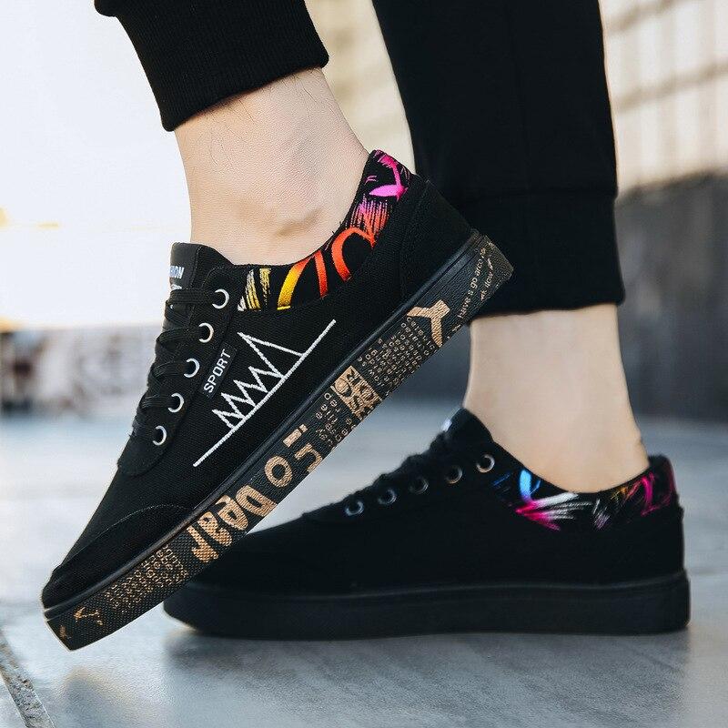 2019 dos homens Novos Sapatos Vulcanize Impressão Lace-up Não-escorregar Sapatas de lona Masculina Primavera Outono Moda Respirável flat Sapatos Casuais para Homens