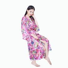 9fb15582b Estilo japonés kimono largo robe de raso vestido de boda novia dama de  honor robe mujeres