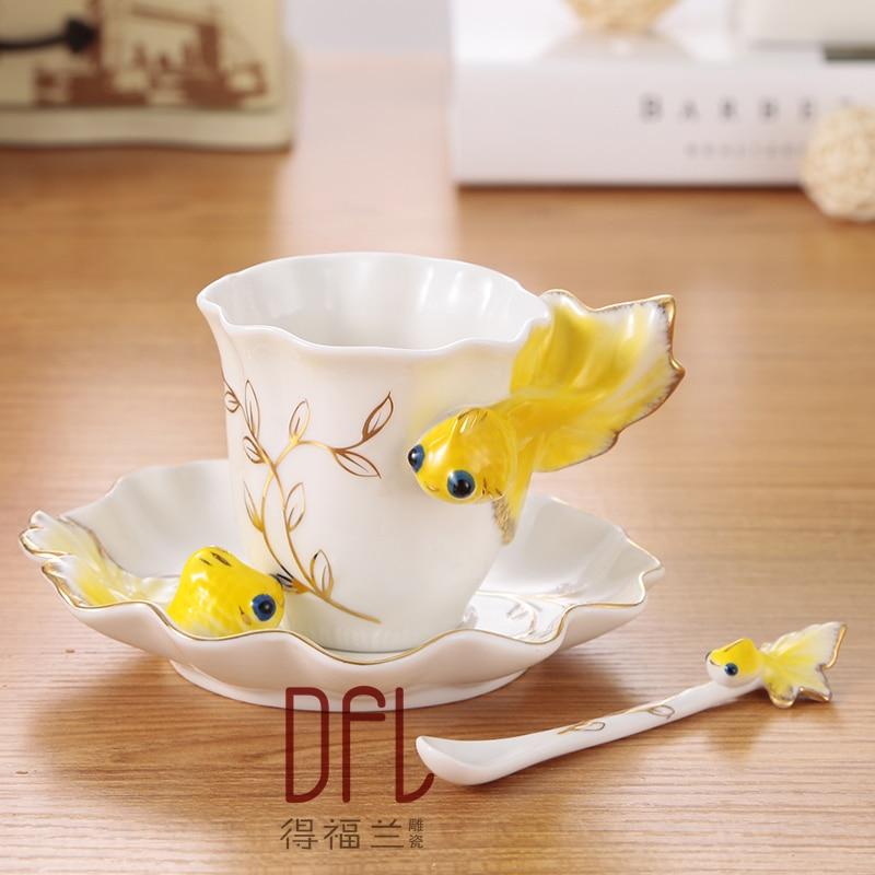 Goldfish enamel mug porcelain coffee cup suit creative wedding present ceramic cup European bone porcelain mug cup for gift
