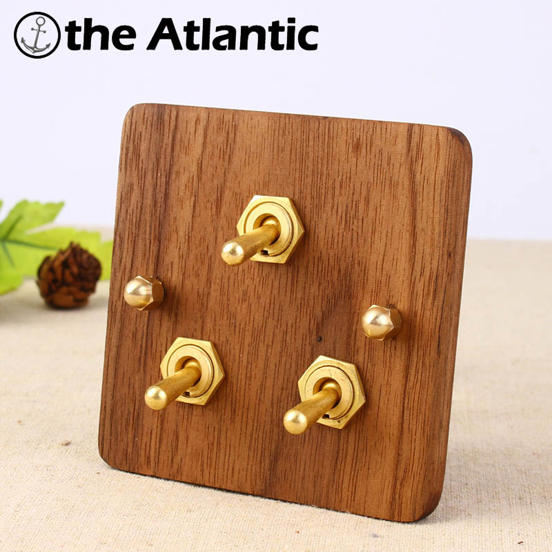 цена на NEW Universal Standard 2017 Hand Made European Retro Switch 10A 110V-250V Wood Panel Brass Lever 3 Gang 1/2 Way Wall Switch