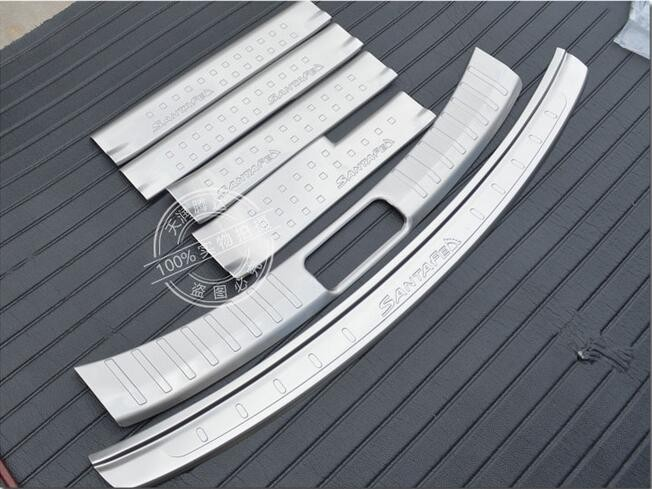for Jeep Grand Cherokee Carbon Fiber Door Sill Protector Anti-Kick Scratch Welcome Pedals Guards Threshold Sticker with Word Diamond Blue 4Pcs