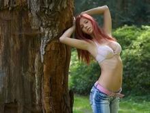 Girl Hot Bra Jeans