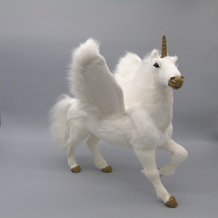 The simulation pegasus, film and television props Fur animal horse model Exhibition hall furnishing articles specimens