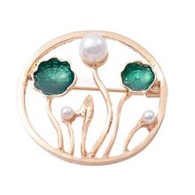 2019 New Lotus Leaf Green Alloy Brooch Luxury Imitation Pearls Both Men And Women Clothing Joker Summer Gift