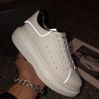 Женские светящиеся кроссовки, Большие европейские размеры 35 42, повседневная теннисная обувь из натуральной кожи, женские белые кроссовки, р