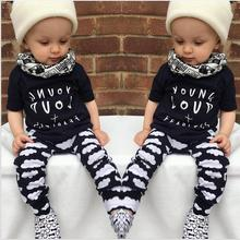 2017 Spring Baby Baby Boys Clothing Sets Cotton letter T shirt top Pants 2pcs Newborn Baby