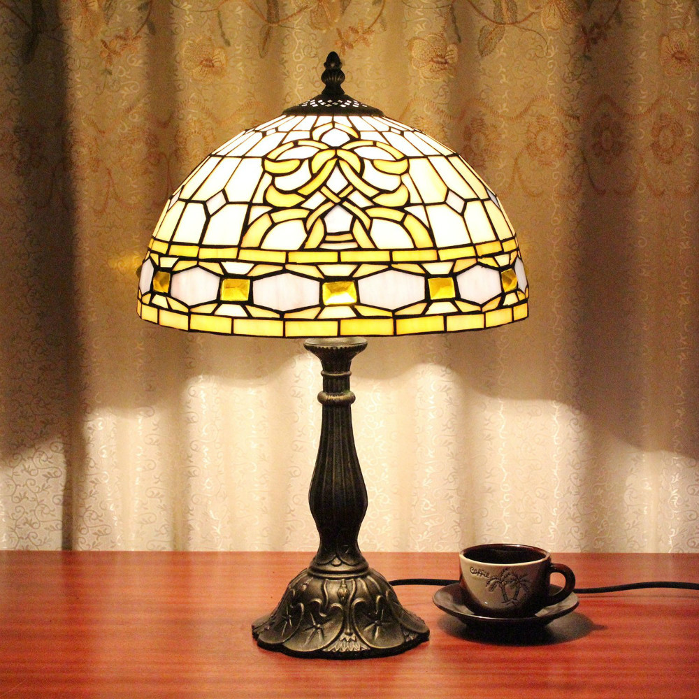 12 inch palace pattern vintage pastoral stained glass for 12 inch bedside table