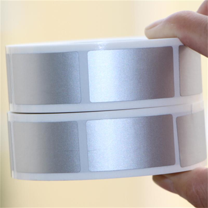 Risco Fora Da Etiqueta 23x42mm 1000 pcs Brilhante Cor Prata Tampa Em Branco Para O Código Secreto Senha Cartão de Tarja filme