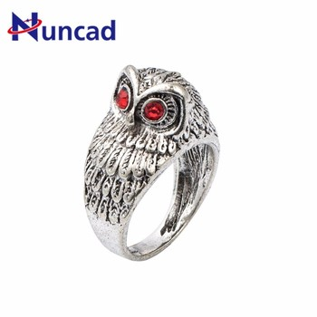 2018 Hot Sale Punk Crystal Eye Owl Finger Ring For Men Vintage Silver Color Bague Homme Knuck Ring For Party Jewelry Gift image
