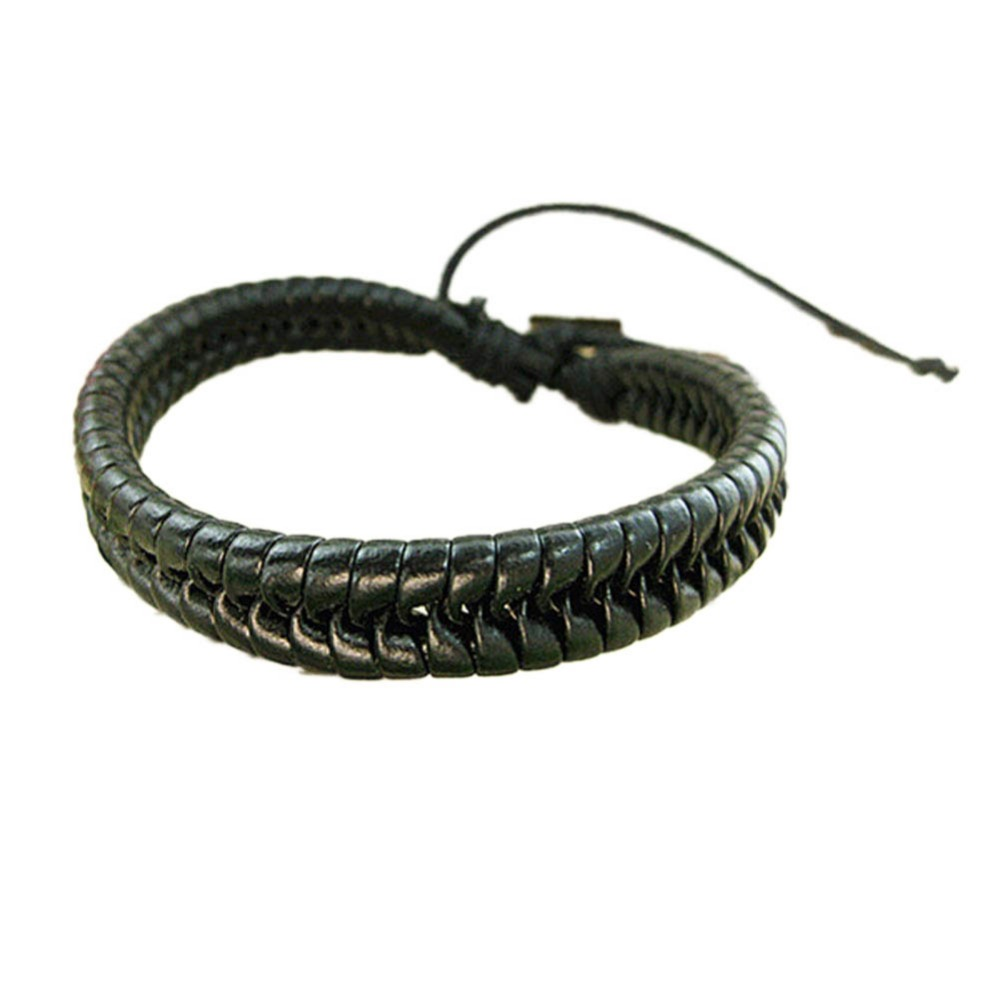 2018 New Fashion 1 Pcs Korean Style Men And Women Braided Leather Cord Bracelet diameter 6.5cm adjustable For Birthday Gifts