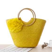 2016 Knitted Straw Bag Summer Flower Bohemia Fashion Women s Handbags Color Stripes Shoulder Bags Beach