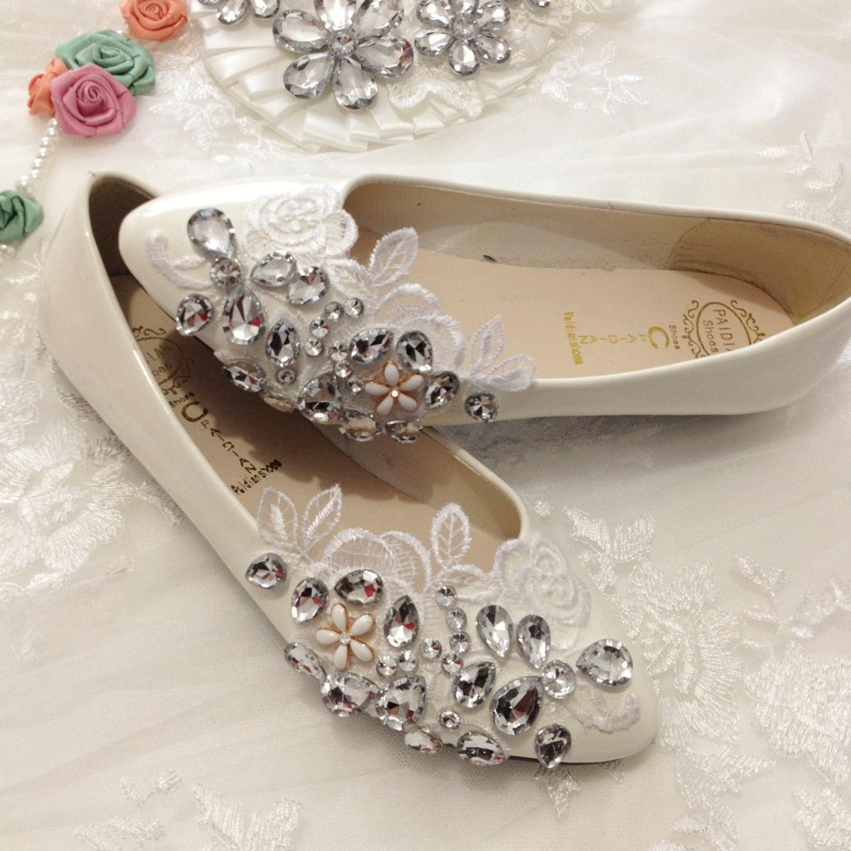 la primavera y el verano hermosos encajes hechos a mano zapatos de boda rhinestone de la