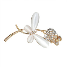 Fashion Animal Cat Fox Shaped Brooch Pins For Women Rhinestone Simulated Pearl Flowers broche Jewelry Accessories