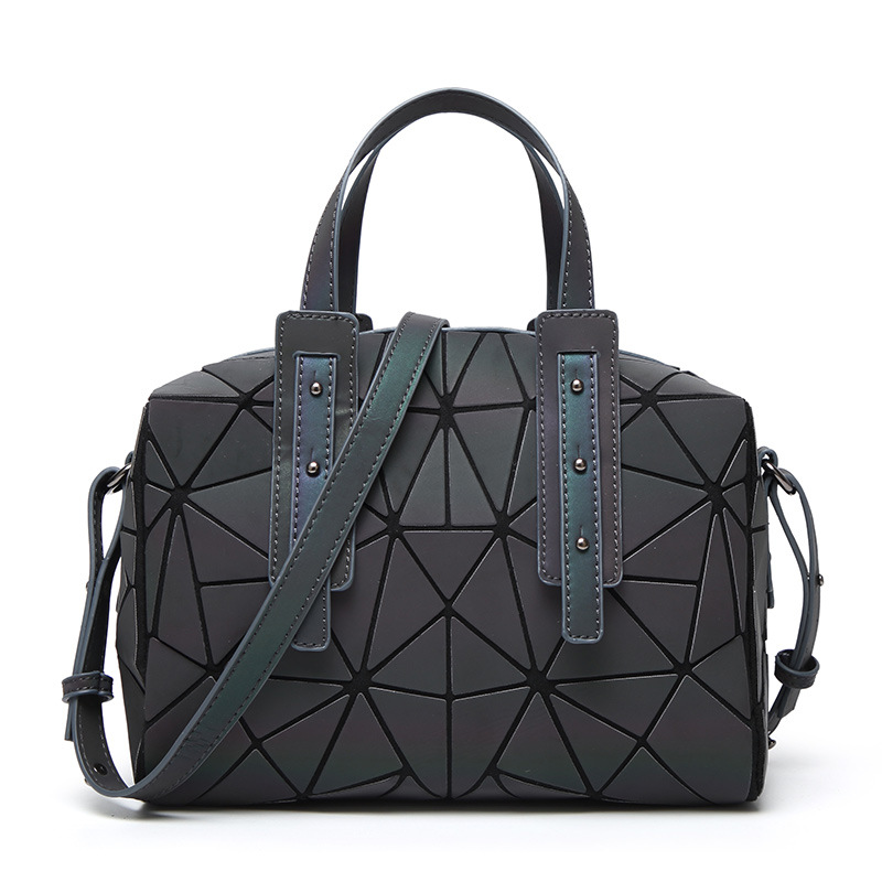 New Fashion Women Luminous sac bao Bag Diamond Tote Geometric Quilted Shoulder Bags Saser Plain Folding Handbags bolso 2018 dlkluo 2017 luminous women bao bao bag high end geometric handbags plaid shoulder diamond lattice baobao ladies messenger bags