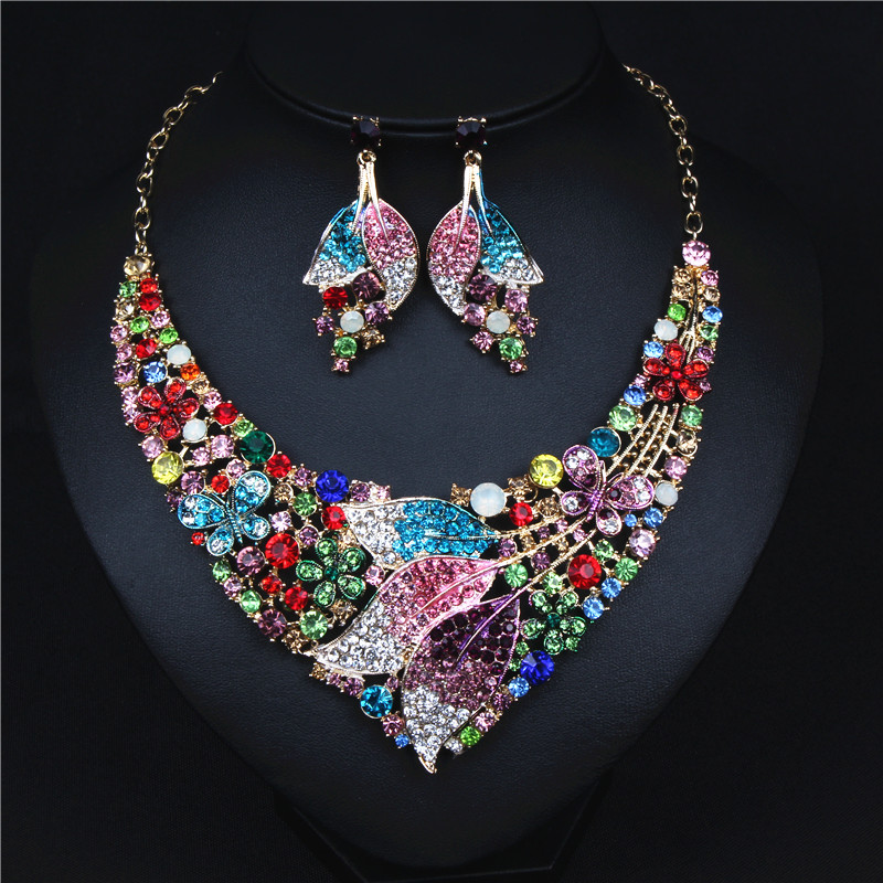 ASNORA Fashion Jewelry Set with Colorful Leaf Butterfly Necklace and Drop Earrings for Wedding Evening Party a suit of vintage rhinestone leaf necklace and earrings for women