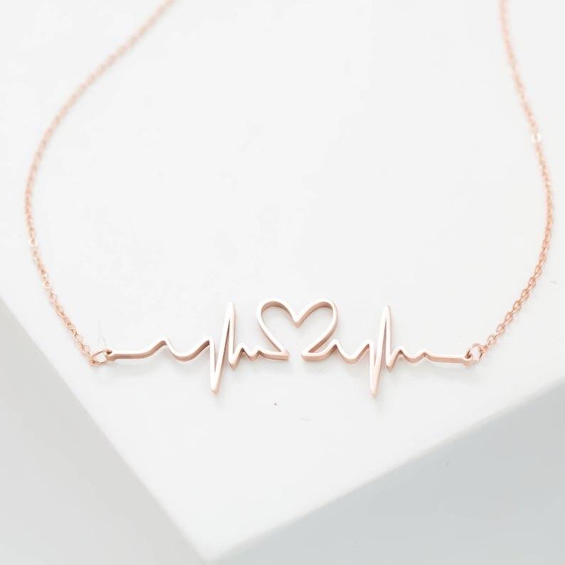 Bébé battement de coeur collier personnalisé battement de coeur bijoux infirmière collier fausse couche souvenir souvenir cadeau de grossesse nouvelle maman cadeau
