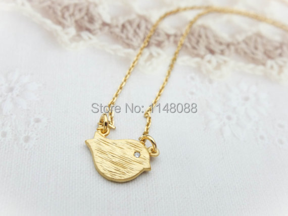 Newest listing jewelry cute lucky gold bird necklacehappy newest listing jewelry cute lucky gold bird necklacehappy little bird pendant necklace mozeypictures Gallery