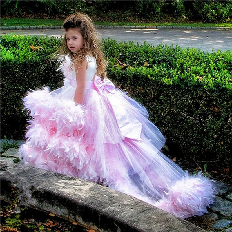 Unique Design Tulle Feather Ball Gown with Bowknot Back Floor Length   Flower     Girl     Dresses   for Wedding Party Pageant Custom Made