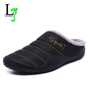 Image 1 - 2020 buty męskie kapcie zimowe ciepłe wodoodporne płócienne buty z futerkiem Plus rozmiar 39 48 zewnętrzne kapcie dorywczo gumowe antypoślizgowe