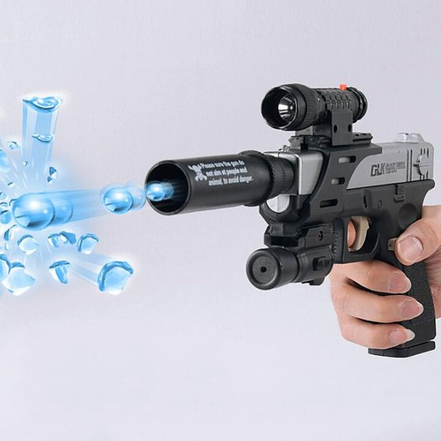 1Pcs Plastic Safe Funny Classic G18 Toy Guns Manual Water Gun Simulates Children's Outdoor Fun Game Shooter Toy Christmas Gifts