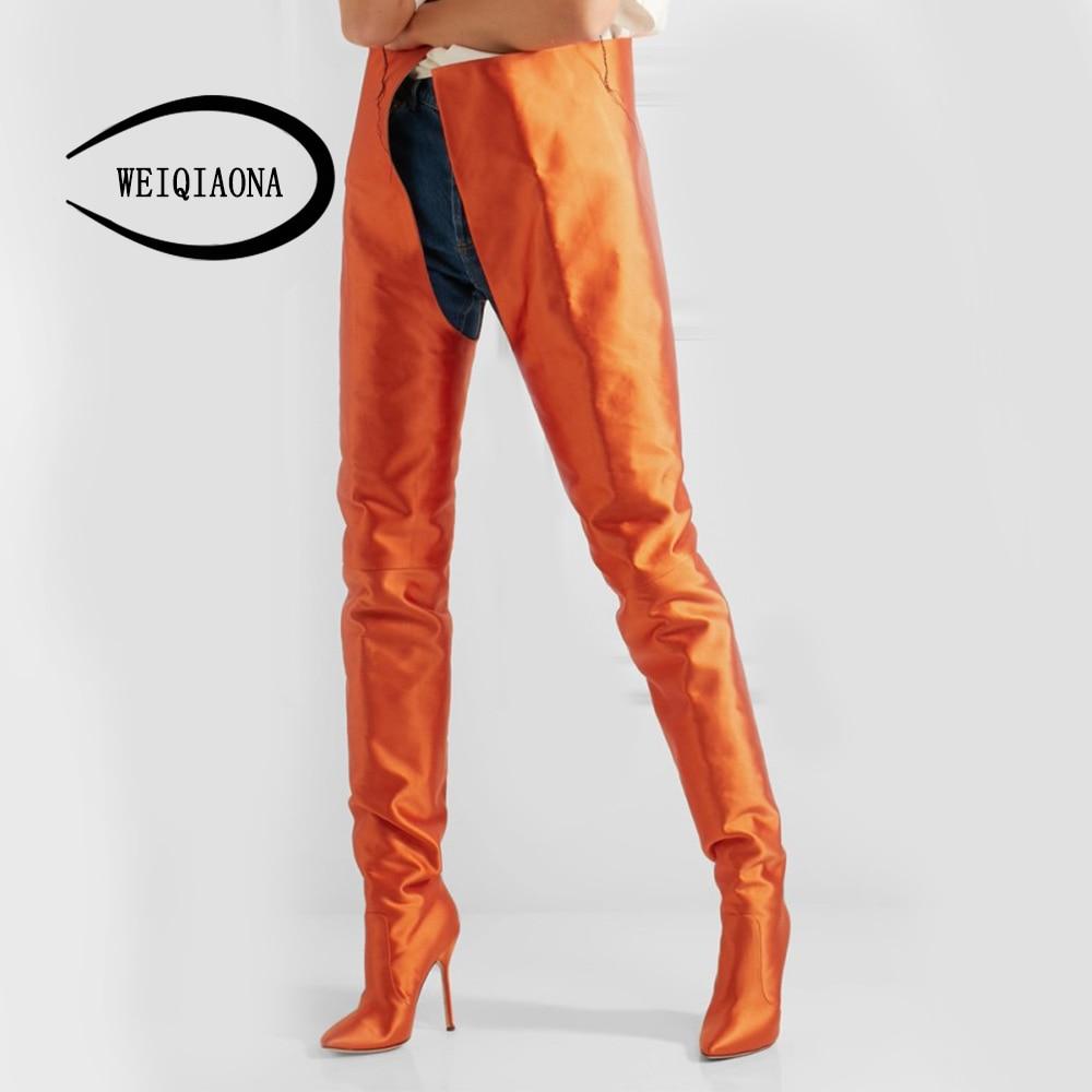 Weiqiaona новый пользовательский популярных Для женщин пикантные шелковые оранжевый ковбойские облегающие сапоги для верховой езды с острым н