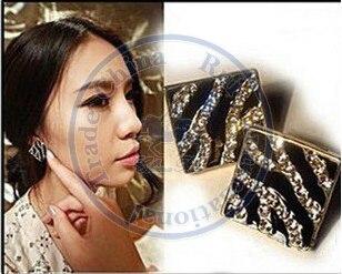 Stud Earrings ear rings Fashion for women Girls lady square black white rhinestone cystal CN post