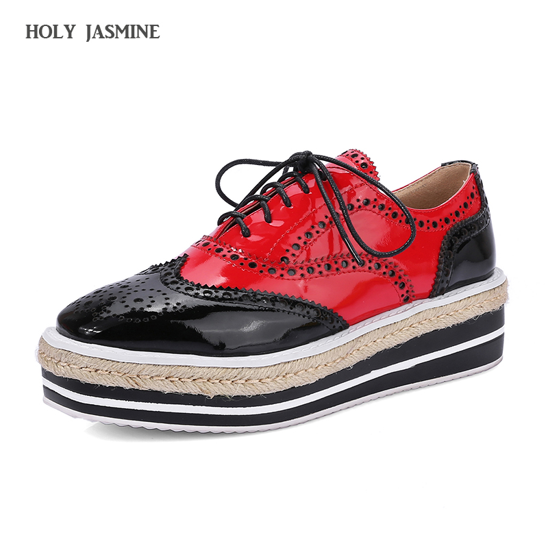 2018 New Genuine Leather Women oxfords Flats Platform shoes Patent Leather Female Creepers Ladies Red yellow Brogue Moccasins qmn women crystal embellished natural suede brogue shoes women square toe platform oxfords shoes woman genuine leather flats page 7